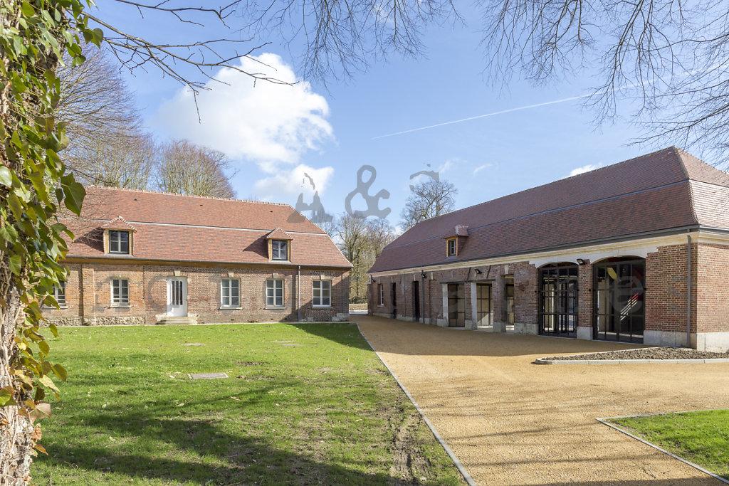 Halle publique, Jardin et Centre Bourg de Vexin sur Epte à Tourny - Agence d'architecture MWAH